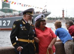 Шойгу пообещал провести военно-морской парад ко Дню ВМФ в Петербурге
