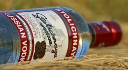 В минувшем году Россия сократила производство водки, коньяка, вина и шампанского
