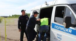 Псковские полицейские совместно с сотрудниками регионального управления Росгвардии и МЧС ровели учения на территории городского аэропорта
