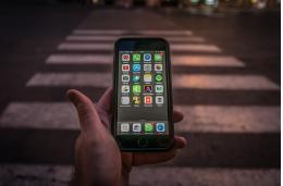 Правила оформления ДТП со смартфона утверждены в правительстве