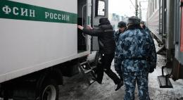 ФСИН поддержала инициативу отключать арестантам сотовую связь