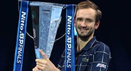Российский теннисист Даниил Медведев выиграл итоговый турнир АТР