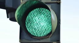 В Опочке пенсионерка сбила подростка, когда та проходила дорогу на зеленый свет