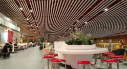 Минпромторг предложил альтернативу закрытию фудкортов в торговых центрах России