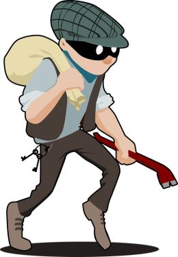 За серию краж в Пустошке будут судить банду молодых людей