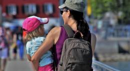 Не готовы отдать своего ребенка на воспитание няне или в частный детский сад 66% родителей