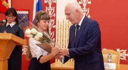 Учащиеся Псковской области стали лауреатами Межрегионального конкурса сочинений «Я - гражданин России!»