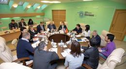 Власти региона обсудили с инвесторами из КНР перспективы развития СПК «Захарино» в Новосокольническом районе