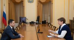 Профилактику преступности среди несовершеннолетних обсудил губернатор с детским омбудсменомПсковской области