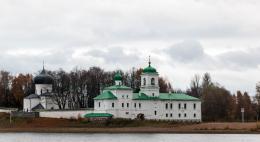 На работы поукреплению берегов реки Великой вблизи двух псковских монастырейнеобходимо более 36 миллионов рублей
