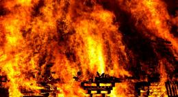 Во время пожара вСтругокрасненском районе погибли две женщины