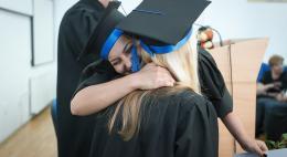Знаки «Заотличную учебу» получили более 200 студентов региона