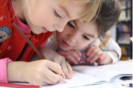 Правительство выделило 8,8 млрд рублей для выплат на детей от 3 до 7 лет
