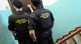 Принудительное взыскание теперь будет происходить при задолженности в 100 тысяч рублей и более