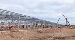 Новую инфекционную больницу в Пскове строят по графику