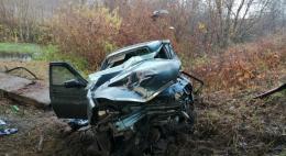 Около деревни Суханово автомобиль «Лада Приора» съехалв кювет