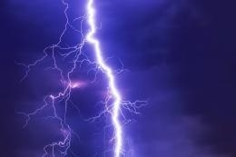 Сегодня в Пскове и области прогнозируется усиление ветра, возможна гроза