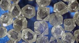 30 рабочих мест даст производство синтетических алмазов в Псковской области