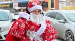 Около 800 детей медицинских работников Псковской области получат сладкие подарки к Новому году