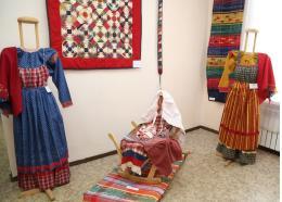 Дом ремесел приглашает на выставки в майские праздники