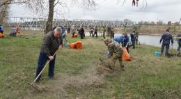 В Пскове благоустроили площадку, на которой будет установлен памятник погибшим в ВОВ