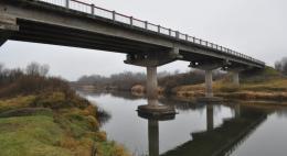 В Пушкиногорском районе отремонтируют мост через реку Великую