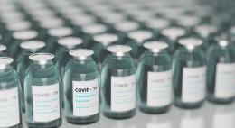 Порядка 1 тыс псковичей получили первую дозу вакцины от COVID-19