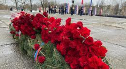 В Пскове прошёл торжественный митинг в честь Дня защитника Отечества