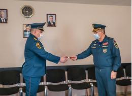 Сотрудникам Главного управления МЧС России по Псковской области присвоили звания