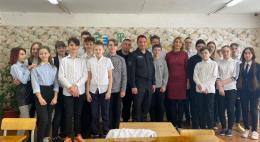 Росгвардейцы провели «Урок мужества» для учеников школы № 24
