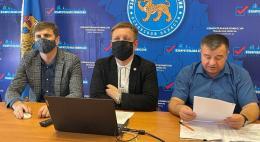 Льва Шлосберга и Николая Кузьмина вернули в единый список кандидатов в депутаты областного Собрания