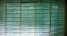 Ввоз 124 500 пачек немаркированных сигарет белорусского производства пресекли псковские таможенники