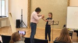 Солист оркестра Большого театра провел серию мастер-классов в музыкальных школах области