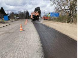 Асфальтовые работы на трассе Опочка - Красногородск – граница с Латвийской Республикой подходят к концу