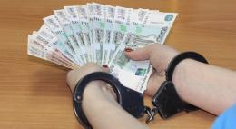 Полиция установила факт коммерческого подкупа в Псковской области