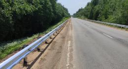 Около 12 км нового барьерного ограждения установили на дорогах Псковской области